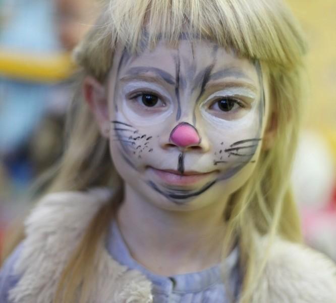 Malowanie twarzy dzieci